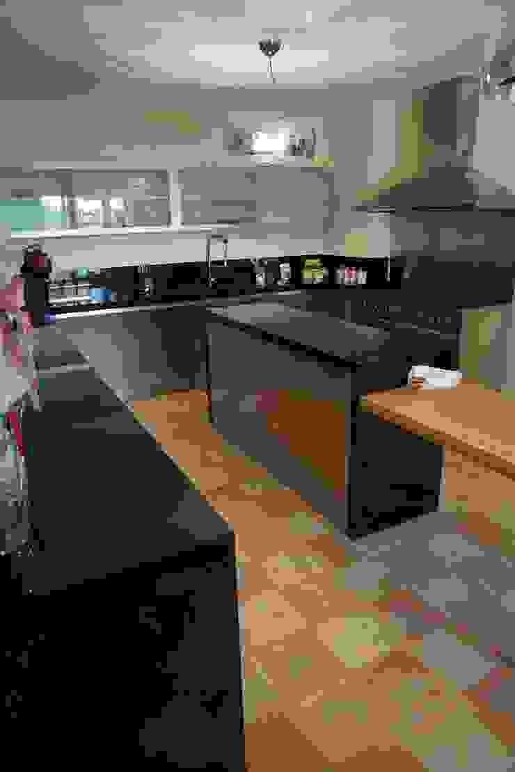 Studio Zaroli Kitchen