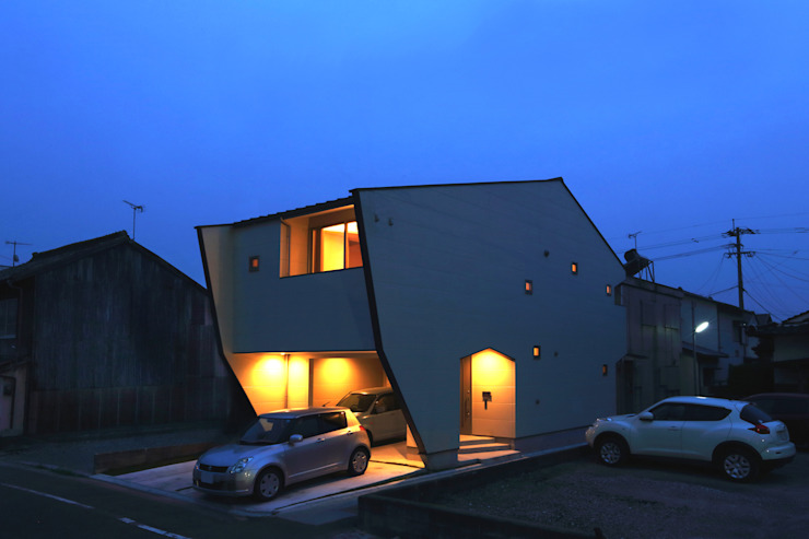 Small houses by nano Architects, Modern Ceramic