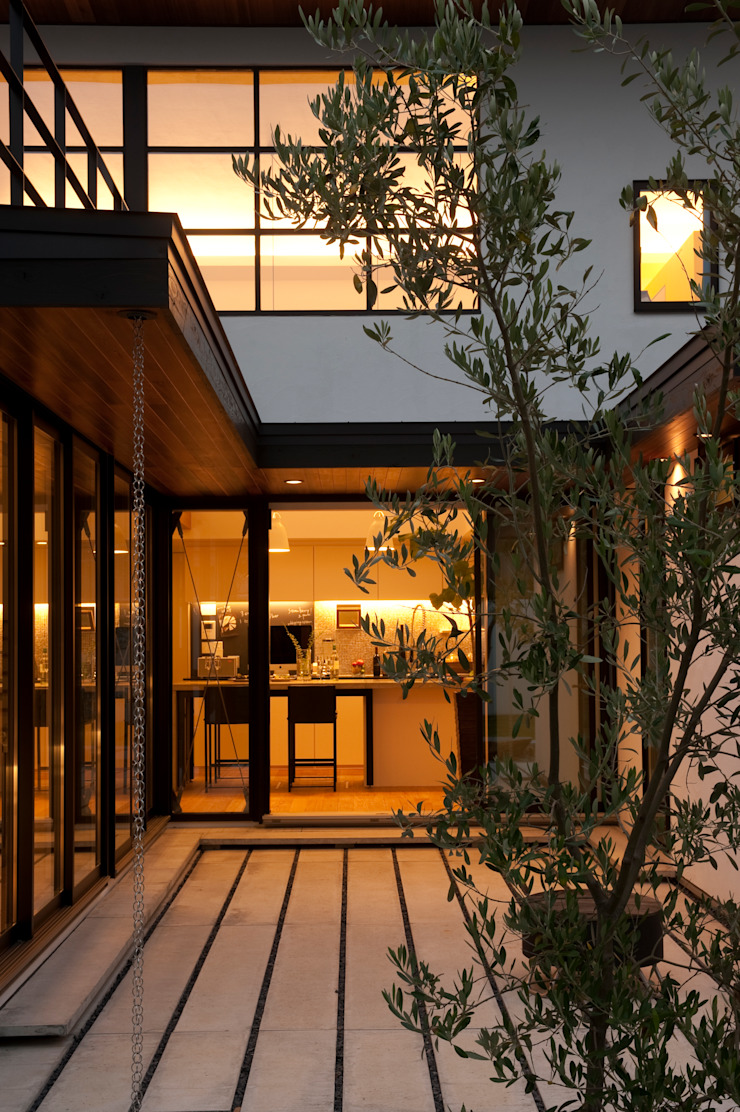 Sakurayama-Architect-Design Modern Windows and Doors