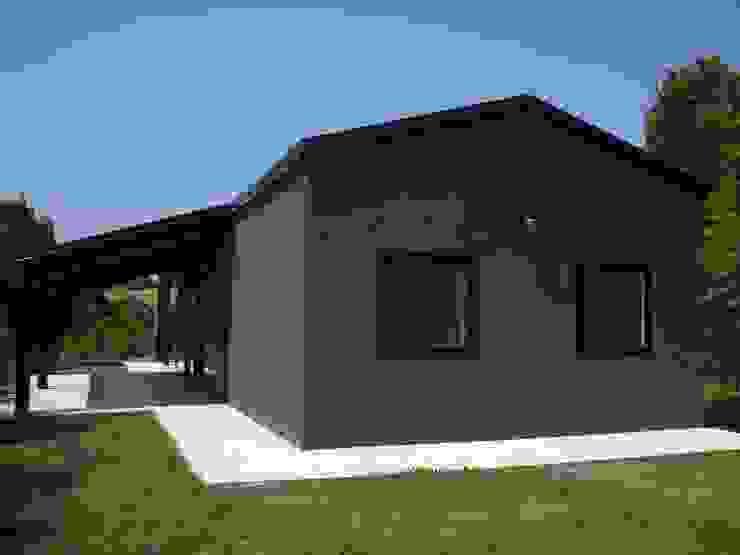 Rumah Modern Oleh Progettolegno srl Modern