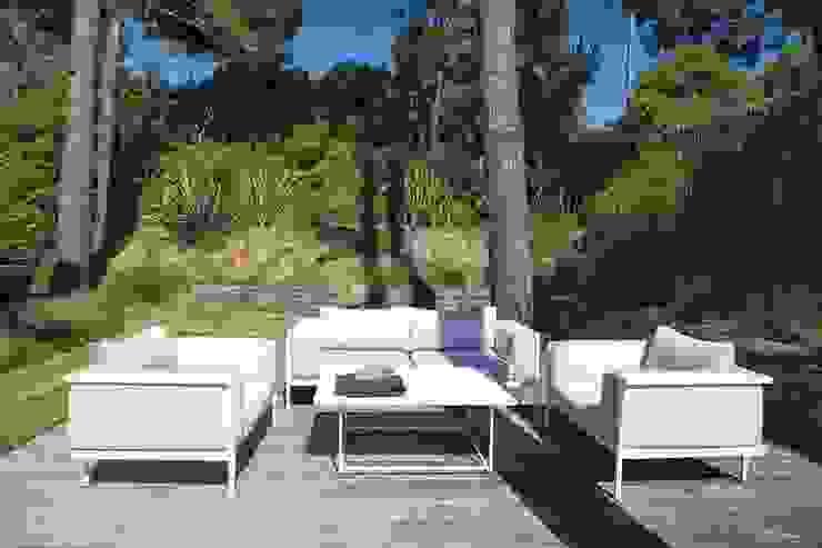 Aménagement d'un jardin de particulier au Cap Ferret: Jardin de style  par NL-PAYSAGE- PAYSAGISTE DPLG, Moderne