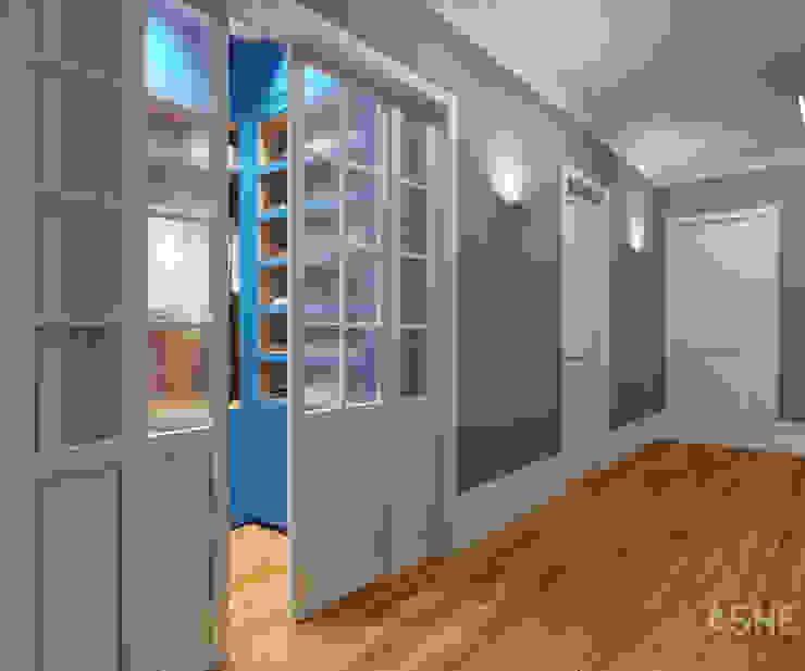 Квартира в ЖК Уфимский Кремль Коридор, прихожая и лестница в эклектичном стиле от Студия авторского дизайна ASHE Home Эклектичный