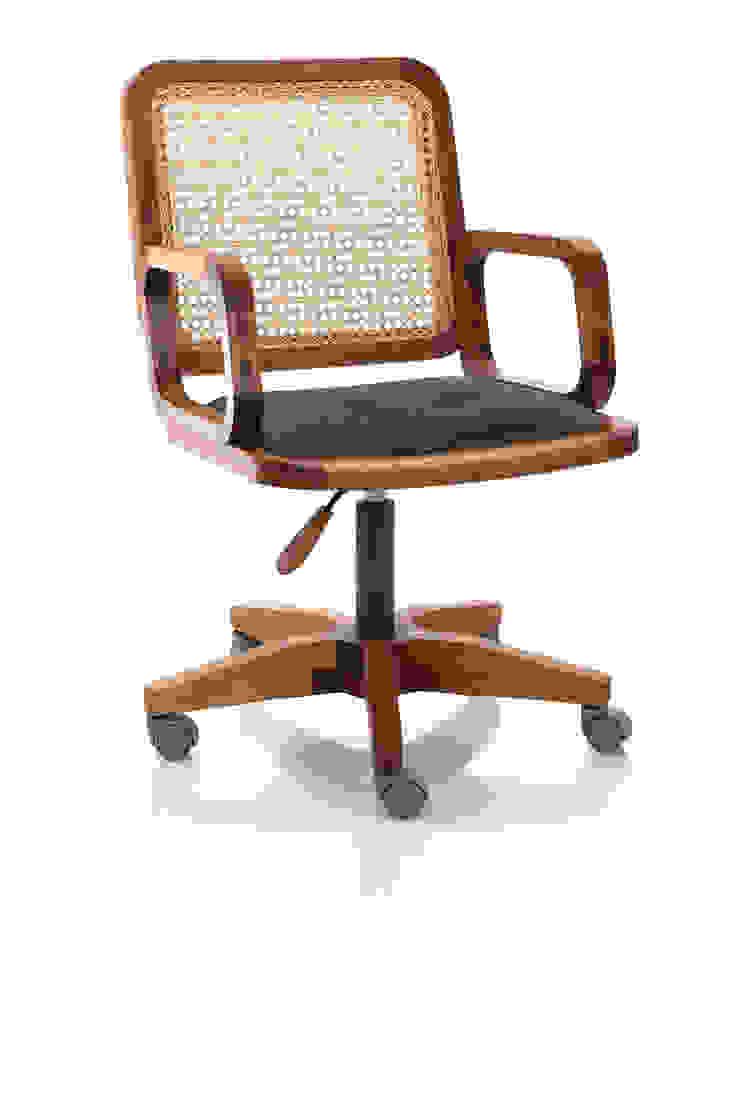 Cadeira Giratoria GIR com braço mista por LLUSSÁ Mobiliário de design Moderno Madeira maciça Multi colorido