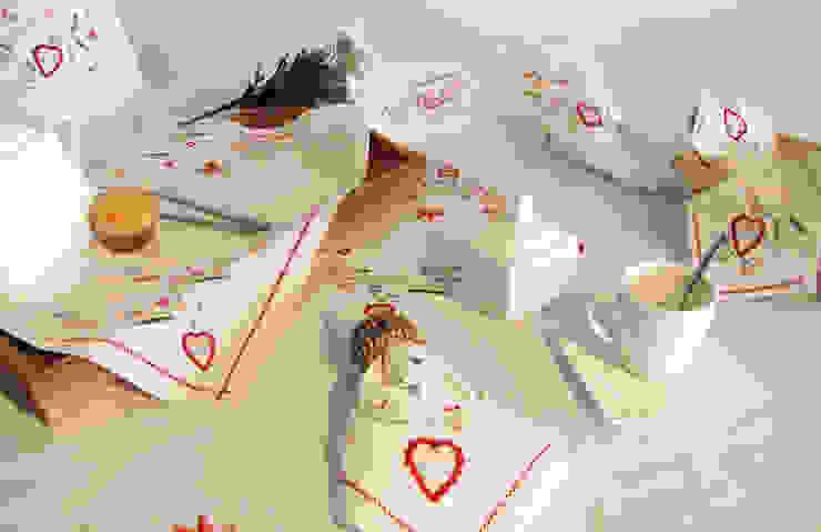 Inspirado no bordado dos namorados - mesa por Suspiro d'Algodão Clássico