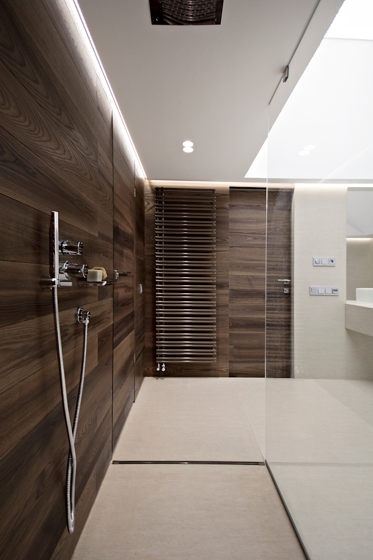 Термы Ванная комната в стиле модерн от BUROWHITE Модерн Изделия из древесины Прозрачный