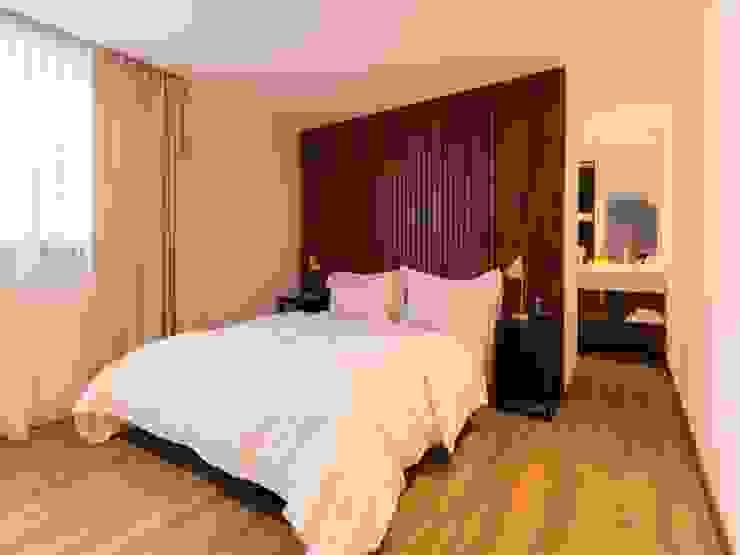 Hotel Azur - Reforma y nuevas habitaciones Hoteles de estilo moderno de CAPÓ estudio Moderno