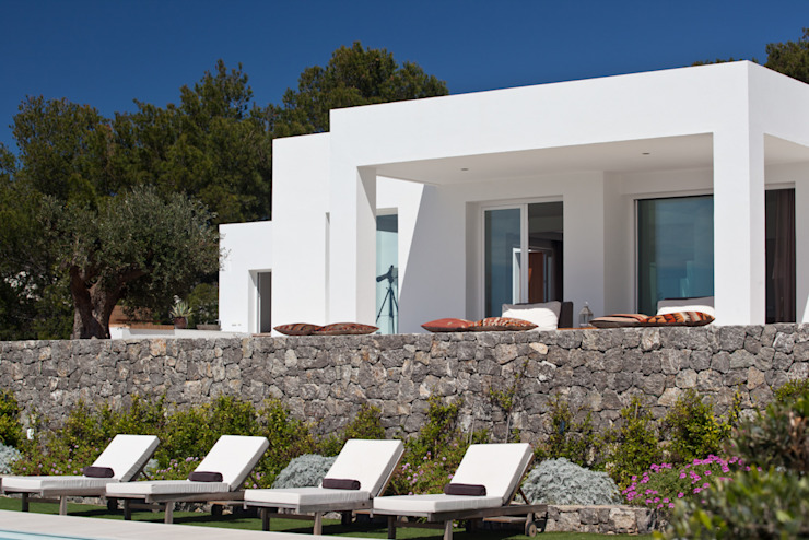 CAP NEGRET Casas de estilo mediterráneo de ANTONIO HUERTA ARQUITECTOS Mediterráneo