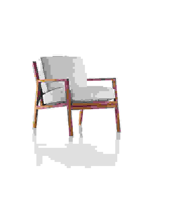 Poltrona AIXO por LLUSSÁ Mobiliário de design Moderno Madeira maciça Multi colorido