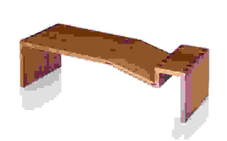 Mesa de Centro NOMES por LLUSSÁ Mobiliário de design Moderno Madeira maciça Multi colorido