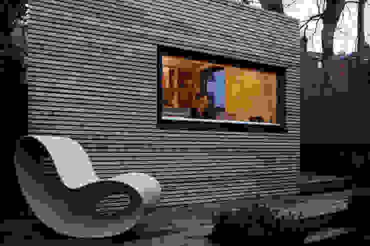 Projekty,  Domowe biuro i gabinet zaprojektowane przez ecospace españa, Nowoczesny Drewno O efekcie drewna
