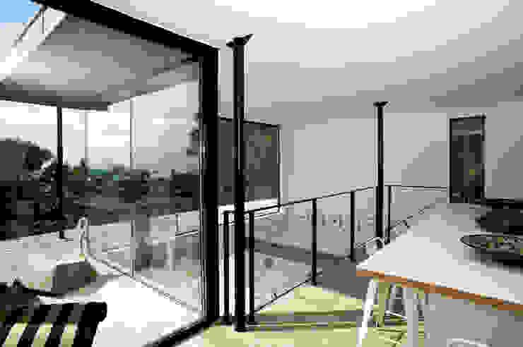 frederique Legon Pyra architecte Modern dining room