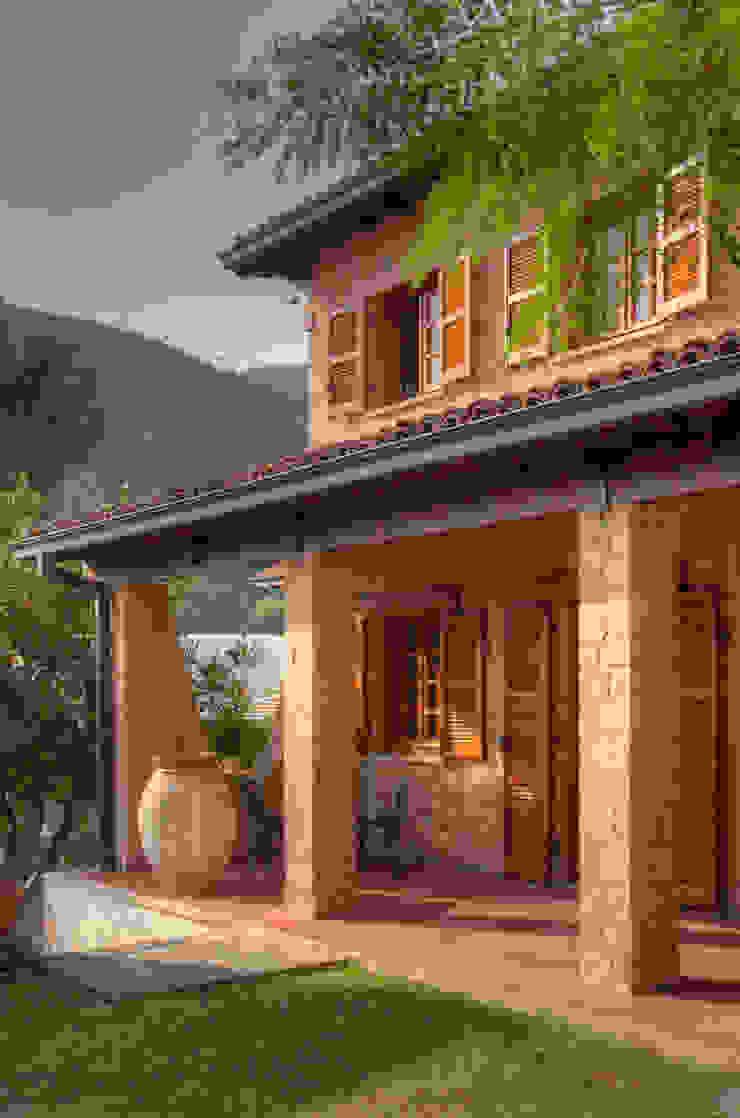 Casas de estilo rústico de Emilio Rescigno - Fotografia Immobiliare Rústico