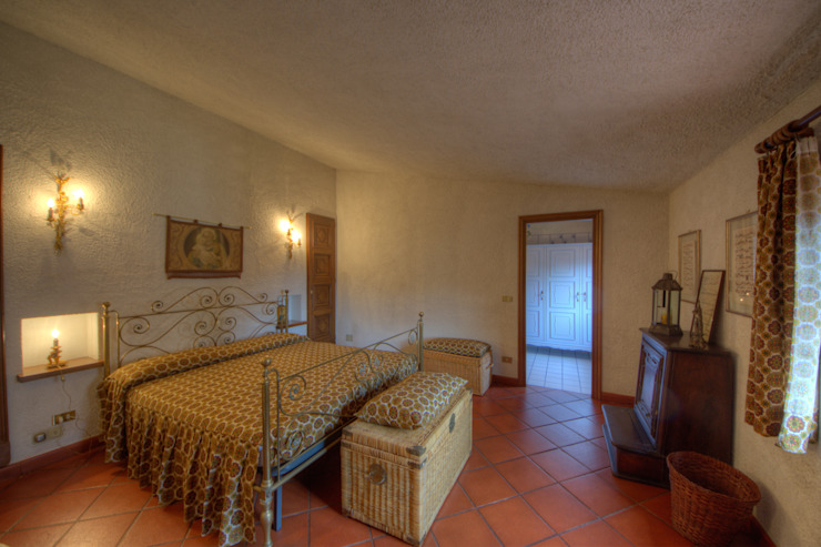 Dormitorios de estilo rústico de Emilio Rescigno - Fotografia Immobiliare Rústico
