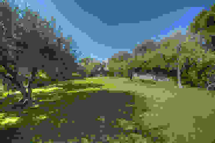 Nowoczesny ogród od Emilio Rescigno - Fotografia Immobiliare Nowoczesny
