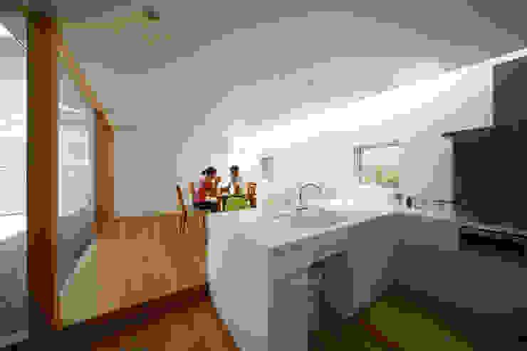Kitchen by Mimasis Design/ミメイシス デザイン, Modern