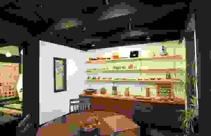 gallery モダンデザインの 多目的室 の 一級建築士事務所 さくら建築設計事務所 モダン