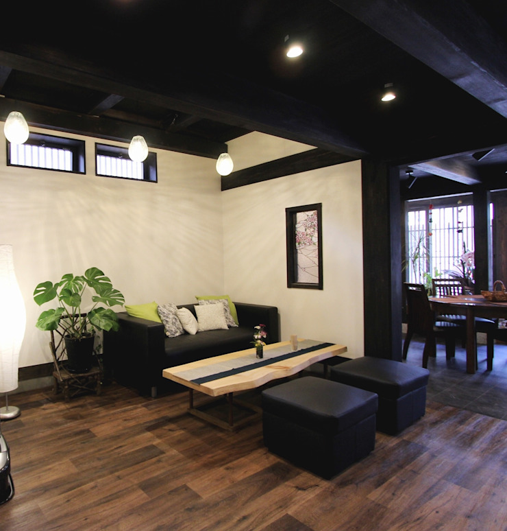 Café モダンデザインの 多目的室 の 一級建築士事務所 さくら建築設計事務所 モダン