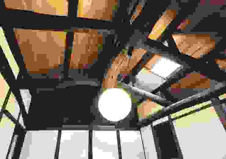office 小屋梁 クラシックデザインの 書斎 の 一級建築士事務所 さくら建築設計事務所 クラシック