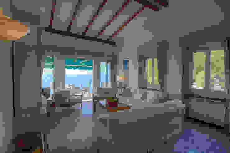 House Emilio Rescigno - Fotografia Immobiliare Soggiorno in stile mediterraneo