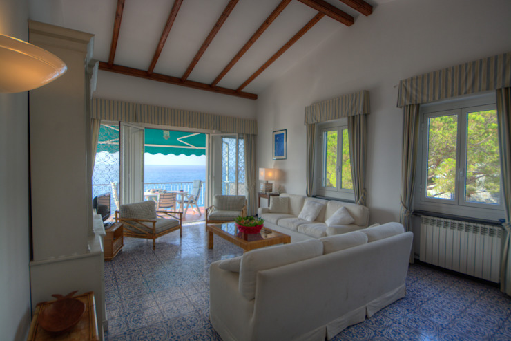 Emilio Rescigno - Fotografia Immobiliare Ruang Keluarga Gaya Mediteran