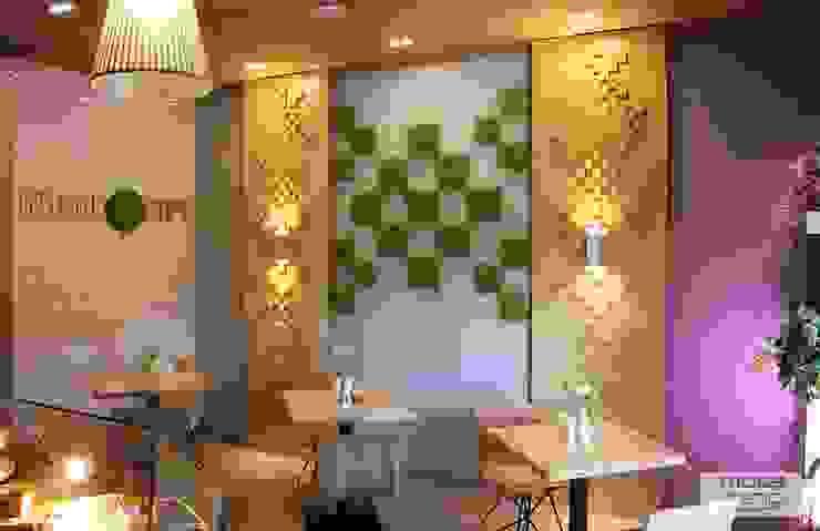 Zielone ściany z mchu Moss Trend® Nowoczesna jadalnia od BandIt Design Nowoczesny