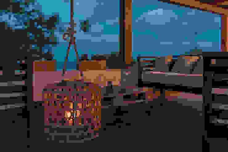 Realizzazioni Balcone, Veranda & Terrazza in stile moderno di Change Gravity Home&Style Moderno