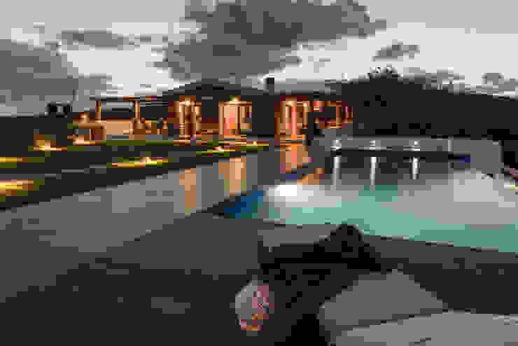 Realizzazioni Piscina moderna di Change Gravity Home&Style Moderno
