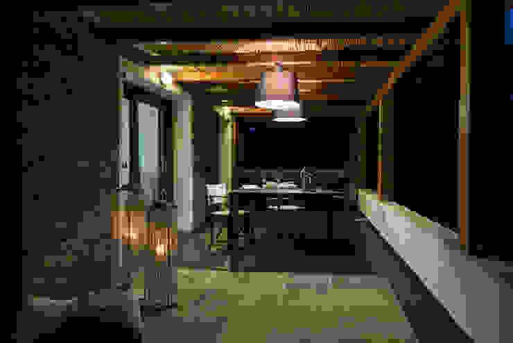 Realizzazioni Балкон и терраса в стиле модерн от Change Gravity Home&Style Модерн