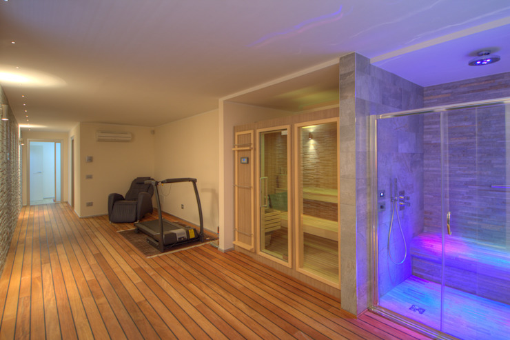 Spa de estilo  por Emilio Rescigno - Fotografia Immobiliare