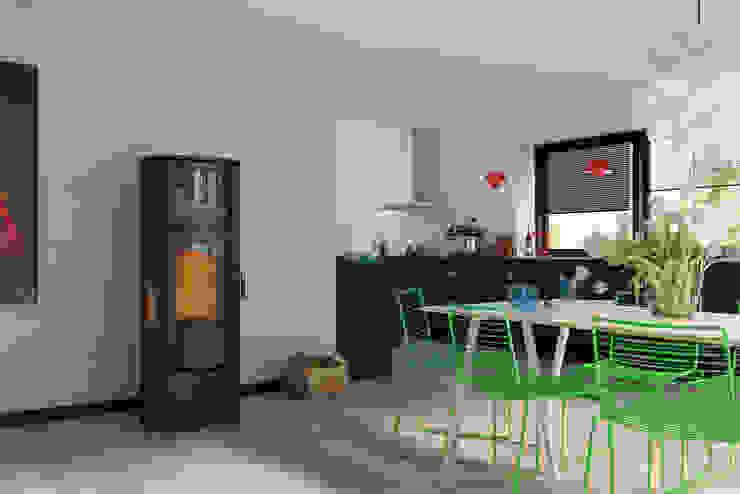 Pro Serie Speicherofen Bernhard Schleicher e.K. Living roomFireplaces & accessories