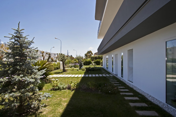 Jardins modernos por Vincenzo Leggio Architetto Moderno