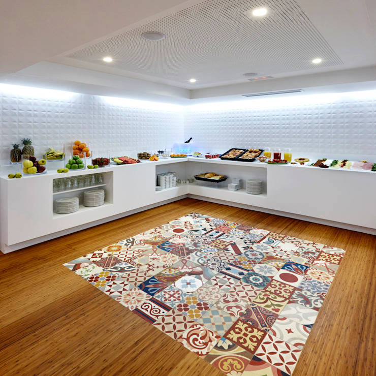 Kitchen by Mosaic del Sur,