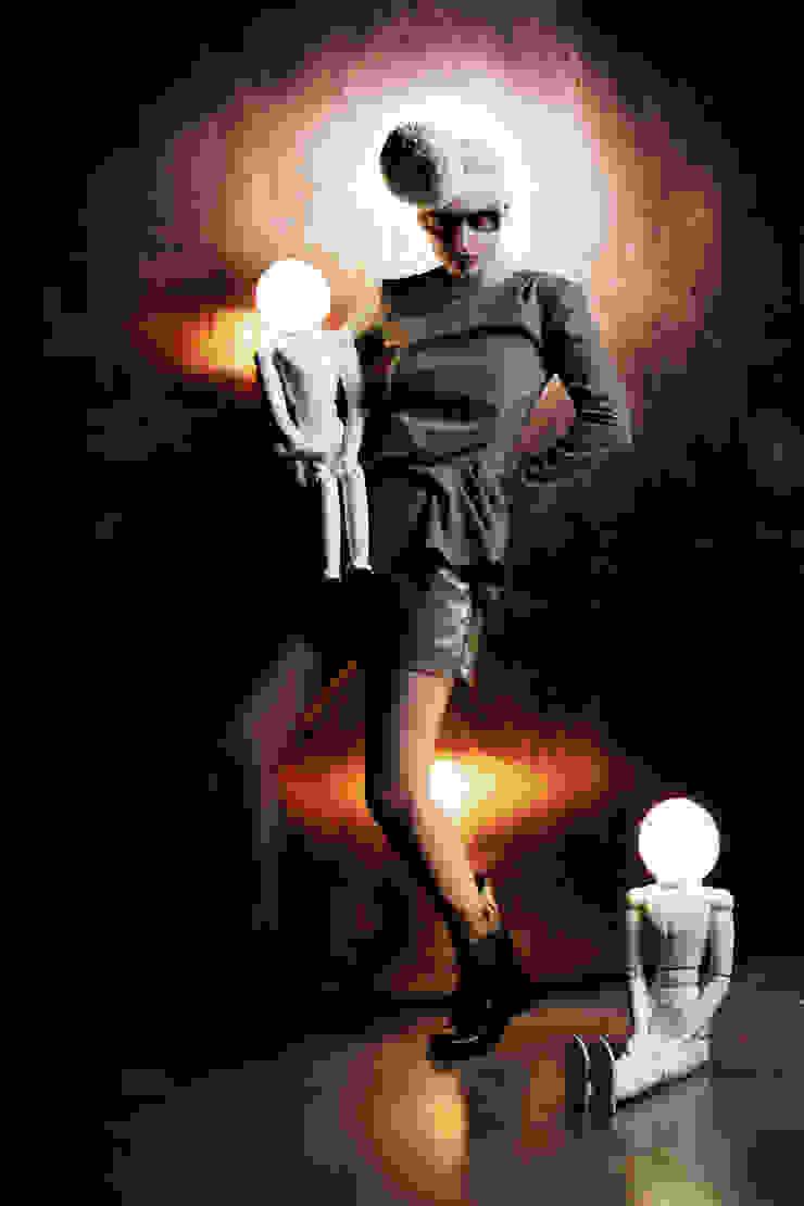 LAMPDOLL por BYFLY Moderno Cerâmica