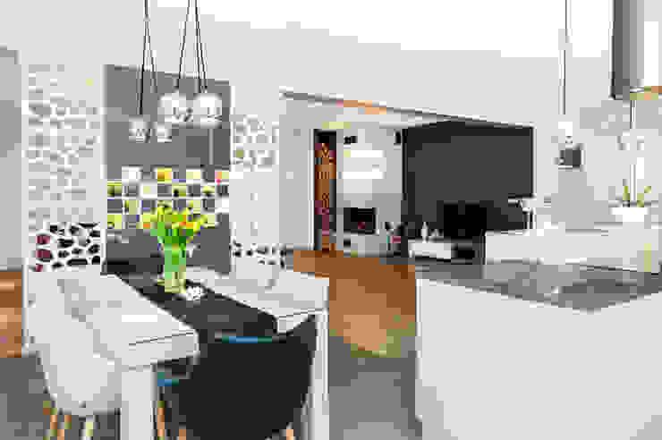 mieszkanie- Połczyn Zdrój Nowoczesna kuchnia od Kameleon - Kreatywne Studio Projektowania Wnętrz Nowoczesny