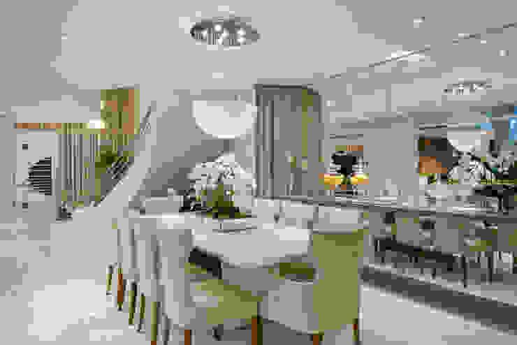Casa Orquídea Salas de jantar modernas por Arquiteto Aquiles Nícolas Kílaris Moderno