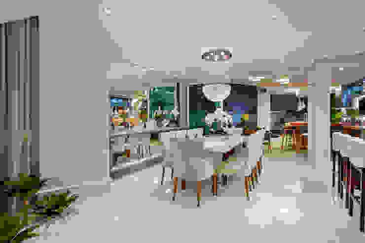 Arquiteto Aquiles Nícolas Kílaris Salones de estilo moderno Blanco