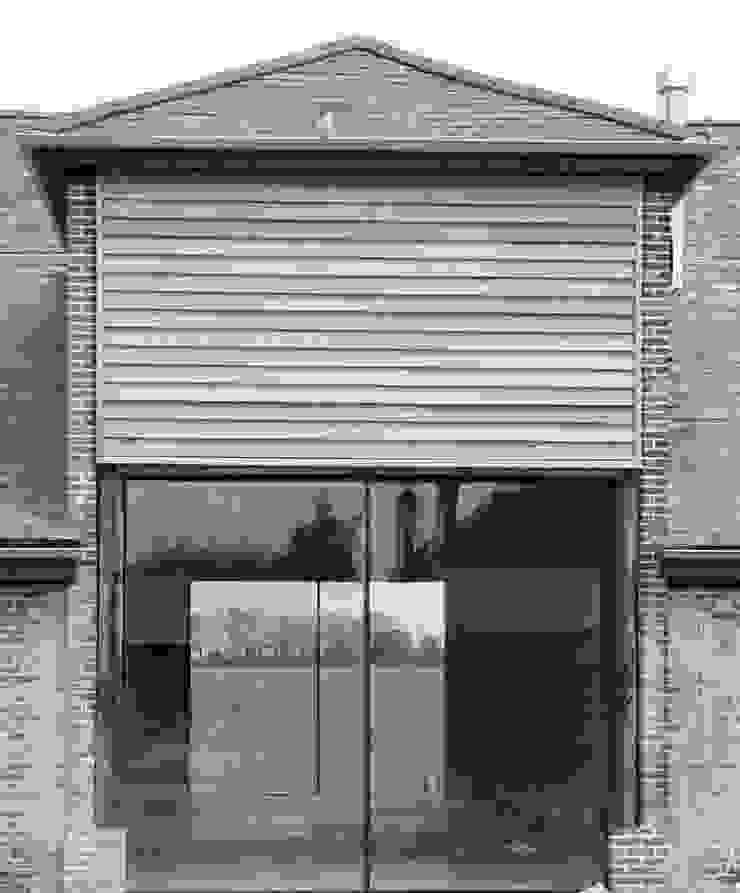 Church Hill Barn, Suffolk Modern houses by David Nossiter Architects Modern
