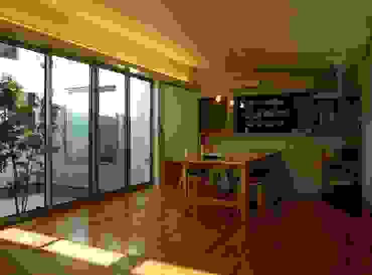 M-House モダンデザインの リビング の SO-DESIGN建築設計室 モダン