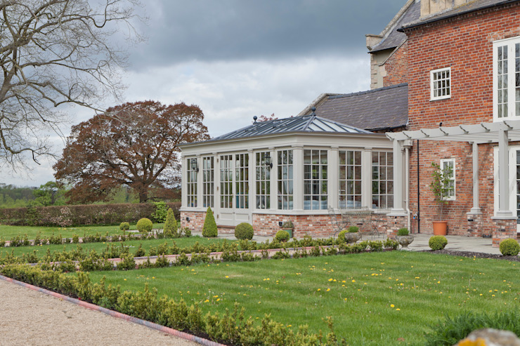 A Living Room Conservatory Konservatori Klasik Oleh Vale Garden Houses Klasik Kayu Wood effect