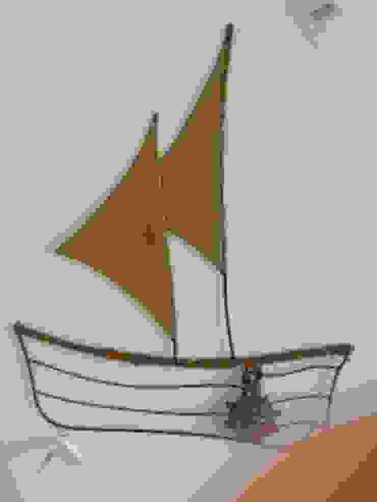 Sail Boat: modern  by Designmint,Modern Iron/Steel