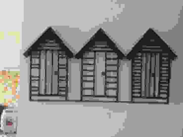 Home Sweet Home!: modern  by Designmint,Modern Iron/Steel