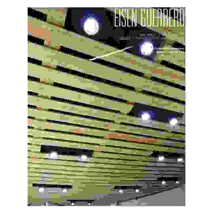 Techo Cielo raso en madera Pino con lamparas spot led, adosadas a losa de techo pintada en negro mate. Bodegas de estilo minimalista de Eisen Arquitecto Minimalista