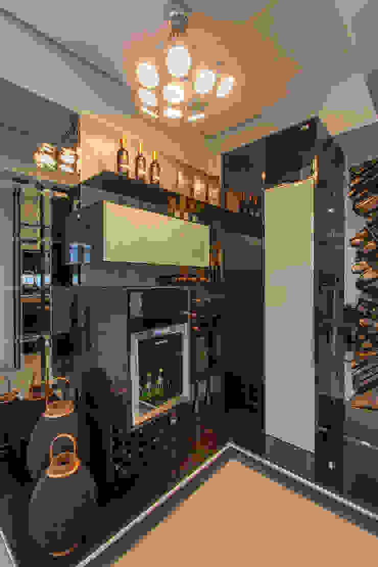 modern  by Studio², Modern Engineered Wood Transparent