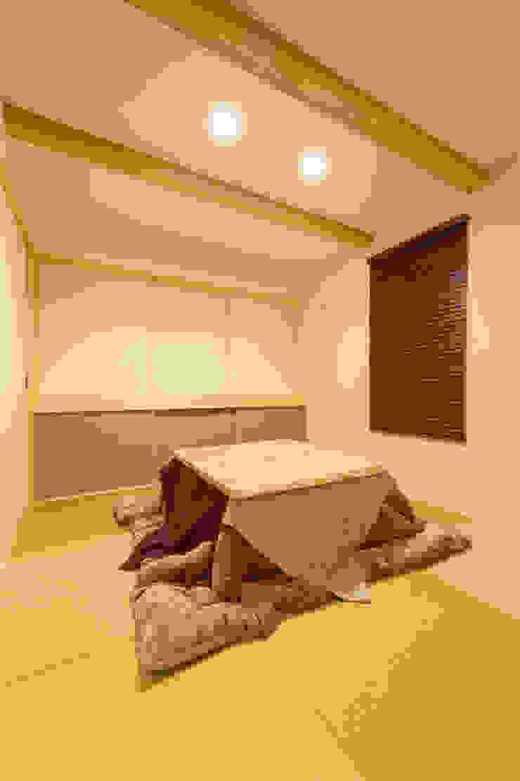 松原の家。 モダンデザインの 多目的室 の 株式会社ルティロワ 一級建築士事務所 モダン