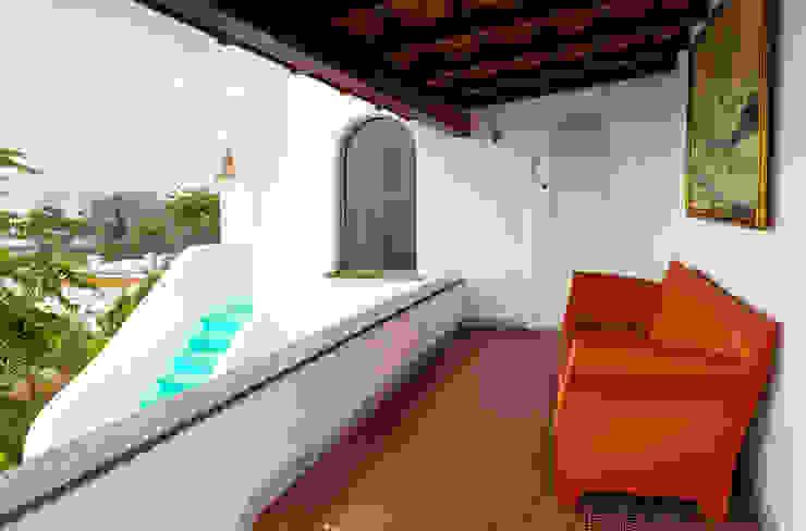 Balcon Carmé Balcones y terrazas de estilo ecléctico