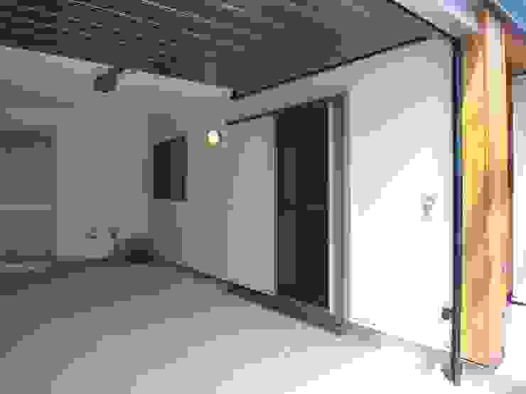 楠葉の家 モダンな 家 の 株式会社 atelier waon モダン