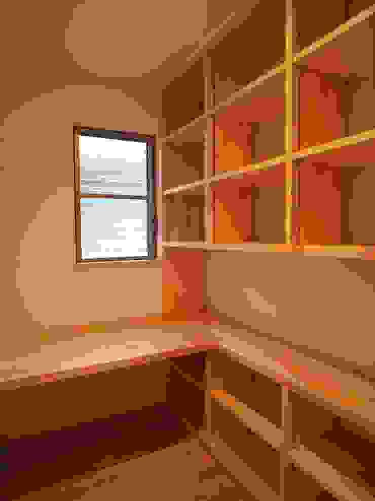 豊能町の家 モダンデザインの 書斎 の 株式会社 atelier waon モダン