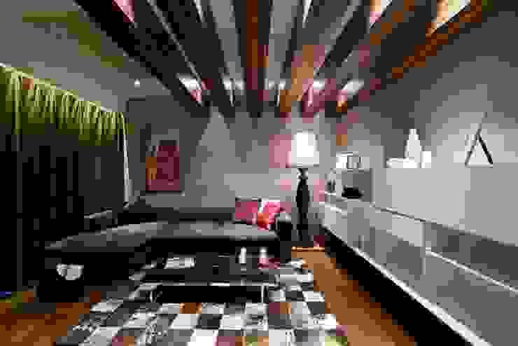 THE RIDGES - A3 VILLA Modern study/office by Aijaz Hakim Architect [AHA] Modern