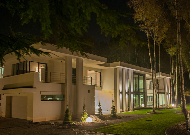 Moderne huizen van LK & Projekt Sp. z o.o. Modern