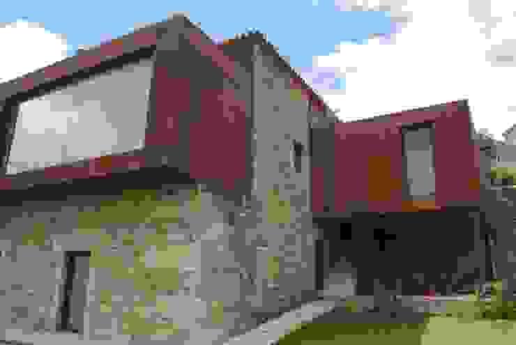 rustic  by ADVD atelier arquitectura e design, Rustic